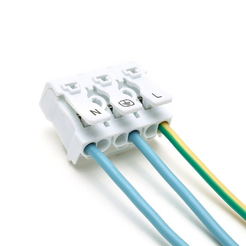 ขั้วต่อสายไฟ เทอมินอลต่อสายไฟ ขั้วต่อสายคอนโทรล ลูกเต๋าเชื่อมต่อสายไฟ 3 ช่อง OOP 923 P03 1 ชิ้น Wire Terminal Block Connector