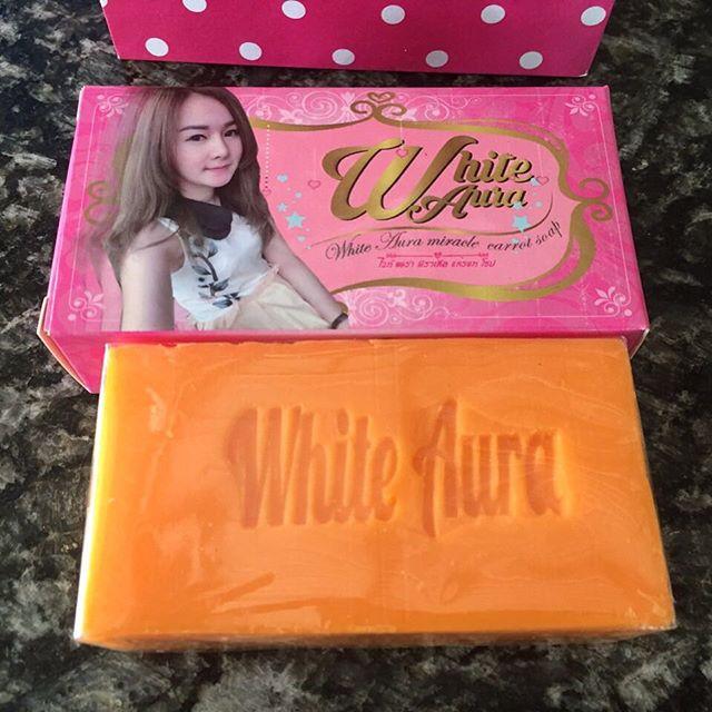 White Aura Soap สบู่ไวท์ออร่า โปรโมชั่นสุดคุ้ม 9 ท่านเท่านั้น