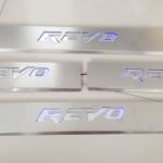 สคัพเพลท Revo มีไฟ LED
