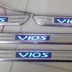 สคัพเพลท Toyota Vios มีไฟ LED