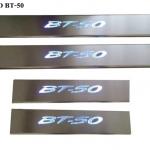 สคัพเพลท Mazda BT-50 มีไฟ LED