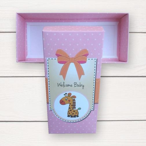 กล่องกระดาษแบบฝาปิดสีชมพูลายการ์ตูนยีราฟ Welcome Baby 17.5x8x4.5cm 20 ชิ้น